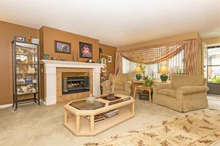 "Photo 2: 105 7837 120A Street in Surrey: West Newton Townhouse for sale in ""Berkshyre Gardens"" : MLS®# R2371000"