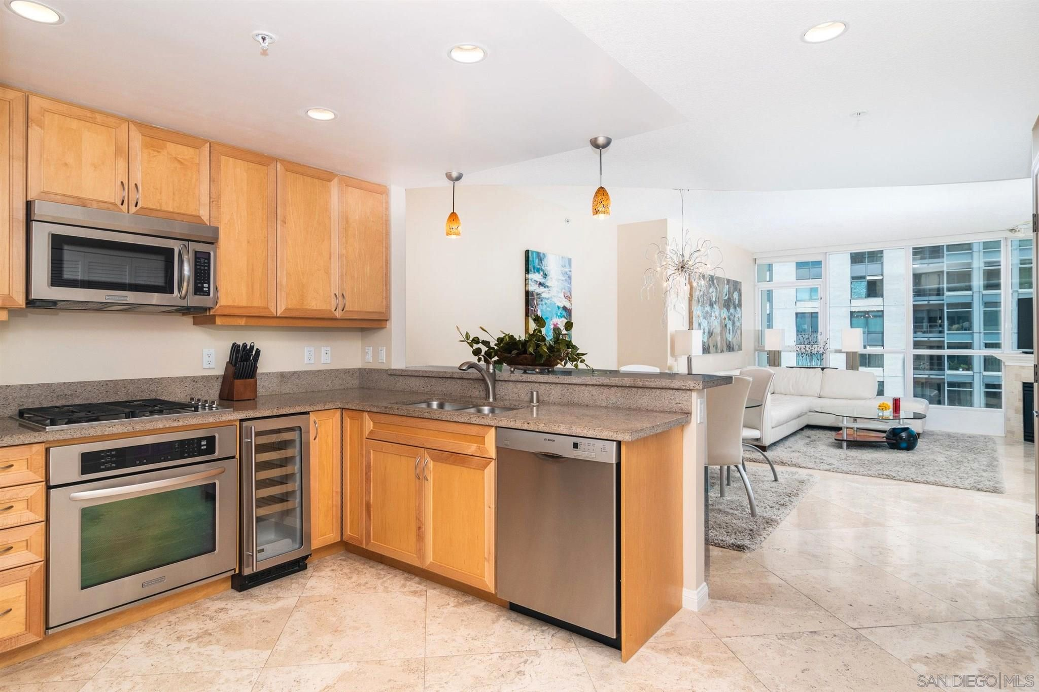 Main Photo: DOWNTOWN Condo for sale : 2 bedrooms : 555 Front #1601 in San Diego