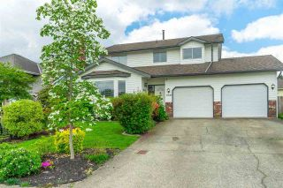 """Photo 3: 32082 ASHCROFT Drive in Abbotsford: Abbotsford West House for sale in """"Fairfield Estates"""" : MLS®# R2576295"""