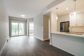 """Photo 2: 4410 2180 KELLY Avenue in Port Coquitlam: Central Pt Coquitlam Condo for sale in """"Montrose Square"""" : MLS®# R2614881"""