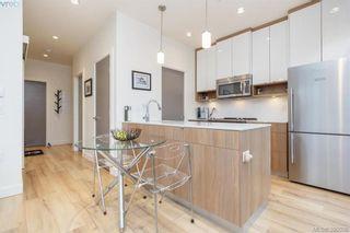 Photo 8: 302 1015 Rockland Ave in VICTORIA: Vi Downtown Condo for sale (Victoria)  : MLS®# 783856