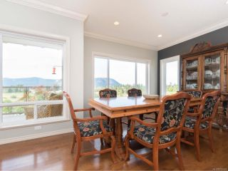 Photo 5: 670 Augusta Pl in COBBLE HILL: ML Cobble Hill House for sale (Malahat & Area)  : MLS®# 792434