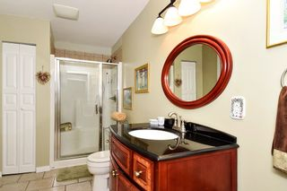 Photo 13: 15585 PACIFIC AVENUE: White Rock House for sale (South Surrey White Rock)  : MLS®# R2370095