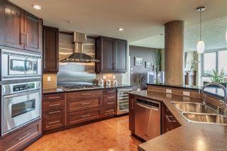 Photo 7: 402 5332 Sayward Hill Cres in : SE Cordova Bay Condo for sale (Saanich East)  : MLS®# 877023