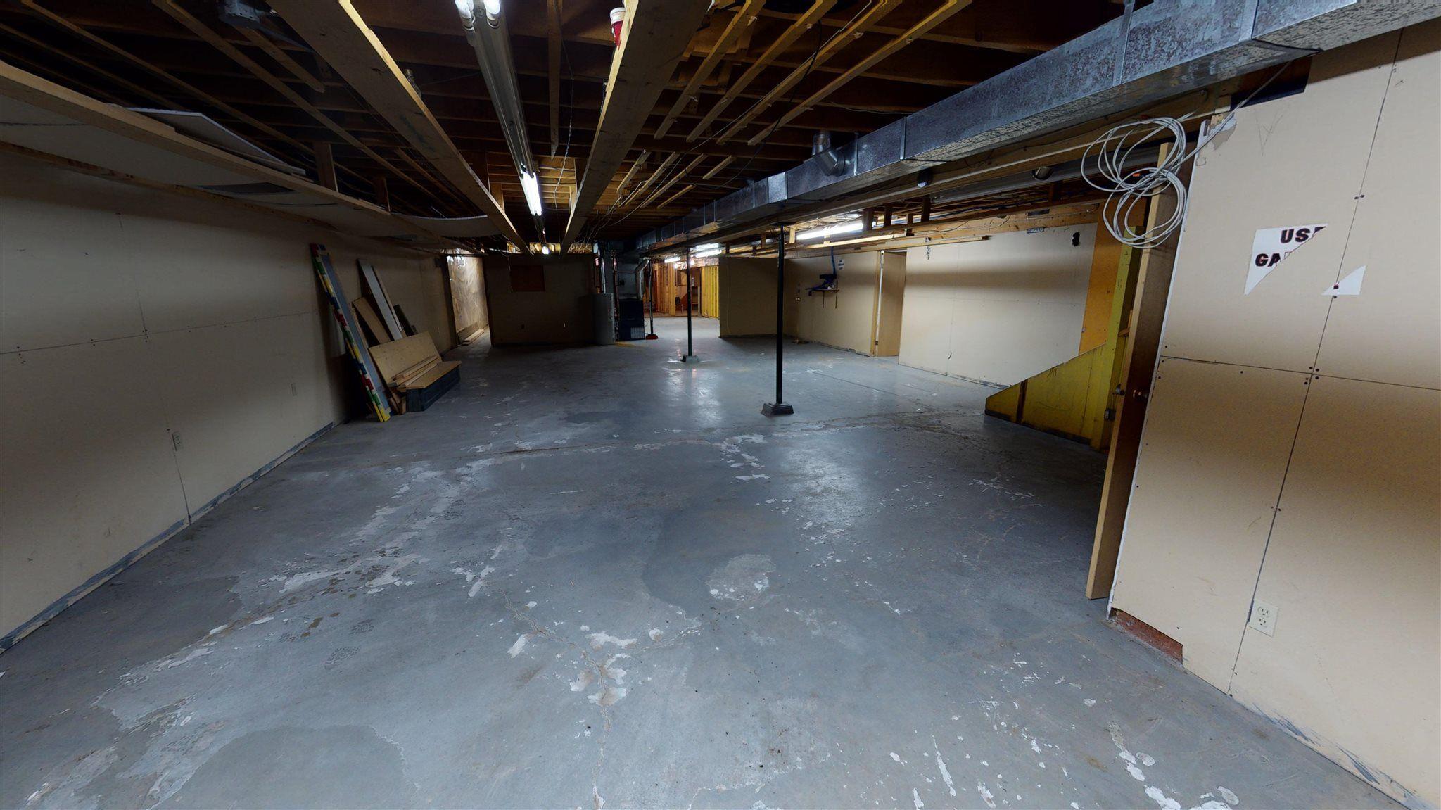 Photo 35: Photos: 10067 100 Avenue in Fort St. John: Fort St. John - City NW Office for sale (Fort St. John (Zone 60))  : MLS®# C8039097