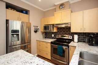 """Photo 7: 61 6465 184A Street in Surrey: Cloverdale BC Townhouse for sale in """"Rosebury Lane"""" (Cloverdale)  : MLS®# R2163634"""