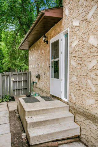 Photo 4: 4322 38 Street in Edmonton: Zone 29 House for sale : MLS®# E4255616