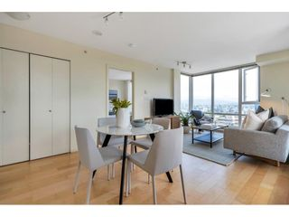 """Photo 6: 804 2483 SPRUCE Street in Vancouver: Fairview VW Condo for sale in """"Skyline on Broadway"""" (Vancouver West)  : MLS®# R2611629"""