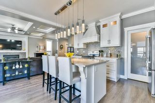 """Photo 7: 20979 80A Avenue in Langley: Willoughby Heights House for sale in """"Yorkson"""" : MLS®# R2260000"""
