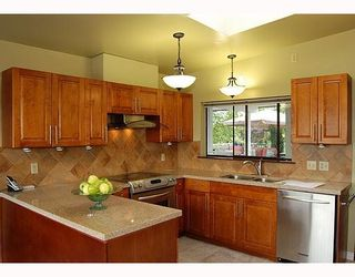 """Photo 6: 9140 WILBERFORCE Street in Burnaby: The Crest House for sale in """"THE CREST"""" (Burnaby East)  : MLS®# V790163"""
