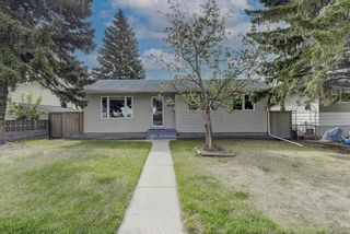 Photo 2: 4520 Namaka Crescent NW in Calgary: North Haven Detached for sale : MLS®# A1112098