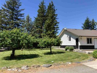 Photo 2: 646 ARNOLD Road in Abbotsford: Sumas Prairie House for sale : MLS®# R2459035