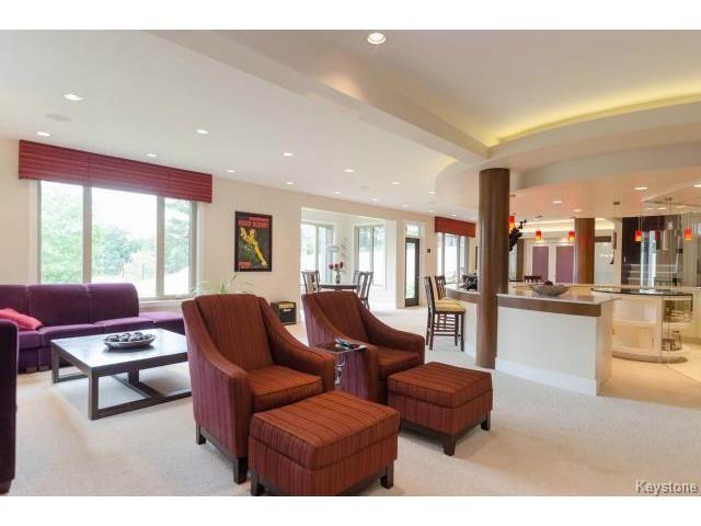 Photo 16: Photos: 4545 Roblin Boulevard in WINNIPEG: Charleswood Residential for sale (South Winnipeg)  : MLS®# 1510661