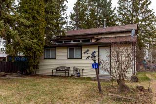 Photo 1: 11 3016 TWP RD 572: Rural Lac Ste. Anne County House for sale : MLS®# E4241063