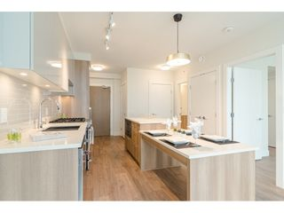 """Photo 3: 1306 258 NELSON'S Court in New Westminster: Sapperton Condo for sale in """"THE COLUMBIA AT BREWERY DISTRICT"""" : MLS®# R2472326"""