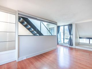 "Photo 14: 303 673 MARKET Hill in Vancouver: False Creek Townhouse for sale in ""MARKET HILL TERRACE"" (Vancouver West)  : MLS®# R2509909"