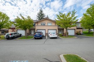 Main Photo: 1664 Creekside Dr in : Na Central Nanaimo Row/Townhouse for sale (Nanaimo)  : MLS®# 874758