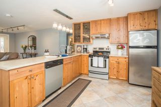 Photo 3: 11641 212 Street in Maple Ridge: Southwest Maple Ridge House for sale : MLS®# R2607280