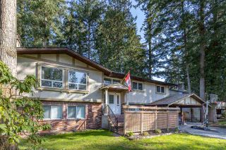 "Photo 2: 20207 43 Avenue in Langley: Brookswood Langley House for sale in ""BROOKSWOOD"" : MLS®# R2566996"