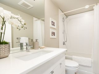 """Photo 25: 407 1551 MARINER Walk in Vancouver: False Creek Condo for sale in """"LAGOONS"""" (Vancouver West)  : MLS®# R2383720"""