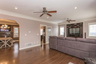 """Photo 5: 33780 KETTLEY Place in Mission: Mission BC House for sale in """"College Heights"""" : MLS®# R2245478"""