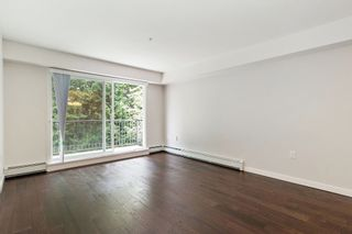 Photo 4: 106 357 E 2ND Street in North Vancouver: Lower Lonsdale Condo for sale : MLS®# R2470096