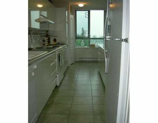 """Photo 3: 706 6622 SOUTHOAKS CR in Burnaby: Middlegate BS Condo for sale in """"THE GIBRALTER"""" (Burnaby South)  : MLS®# V595157"""