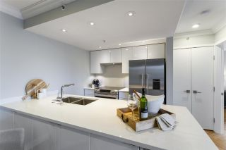 """Photo 9: 1208 1060 ALBERNI Street in Vancouver: West End VW Condo for sale in """"The Carlyle"""" (Vancouver West)  : MLS®# R2576402"""