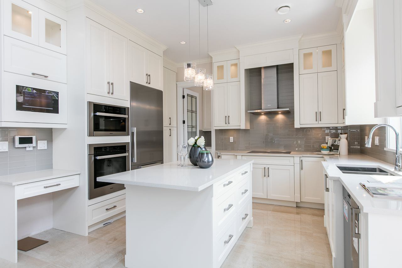 """Photo 7: Photos: 6071 KALAMALKA Crescent in Richmond: Granville House for sale in """"GRANVILLE"""" : MLS®# R2245683"""