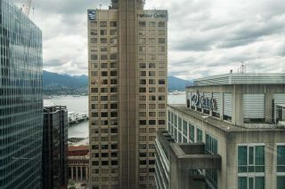 """Photo 17: 2607 438 SEYMOUR Street in Vancouver: Downtown VW Condo for sale in """"Conference Plaza"""" (Vancouver West)  : MLS®# R2574733"""