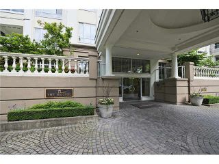"""Photo 3: 223 5735 HAMPTON Place in Vancouver: University VW Condo for sale in """"The Bristol"""" (Vancouver West)  : MLS®# V1065144"""