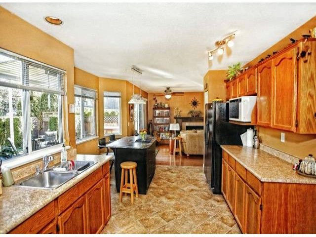 Photo 4: Photos: 35293 BELANGER Drive in Abbotsford: Abbotsford East House for sale : MLS®# F1306668