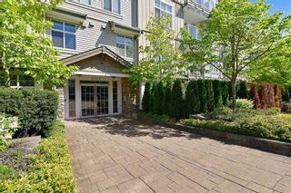 "Photo 17: 406 15323 17A Avenue in Surrey: King George Corridor Condo for sale in ""Semiahmoo Place"" (South Surrey White Rock)  : MLS®# R2571270"