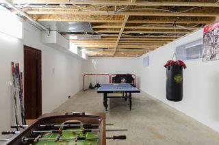 Photo 56: 71 McDowell Drive in Winnipeg: Charleswood Residential for sale (South Winnipeg)  : MLS®# 1600741