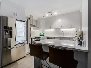 Photo 2: 111 2274 Folkestone Way in : Panorama Village Condo for sale (West Vancouver)  : MLS®# V1134389