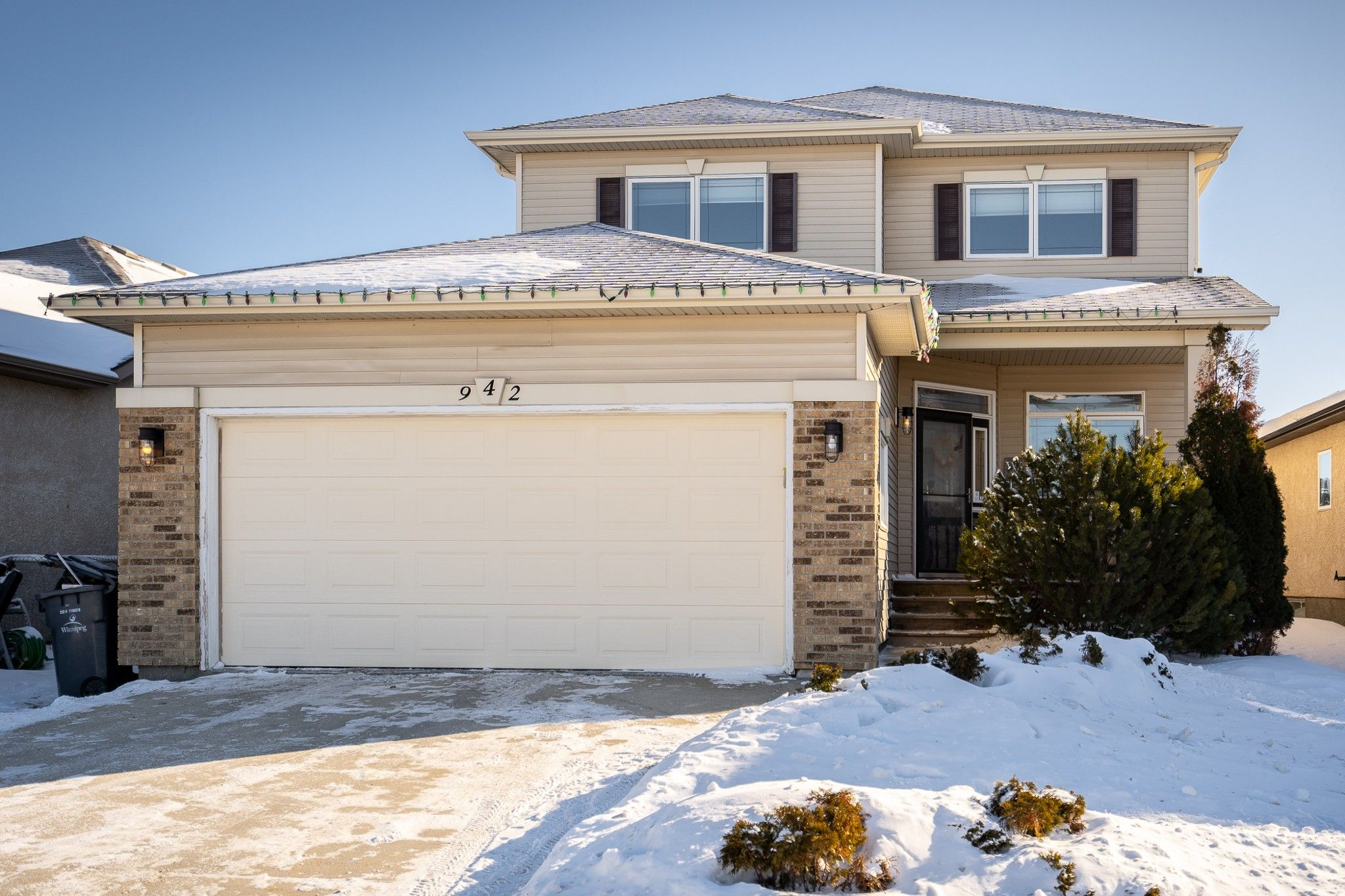 Main Photo: 942 Aldgate Road in Winnipeg: River Park South House for sale (2F)  : MLS®# 202102931