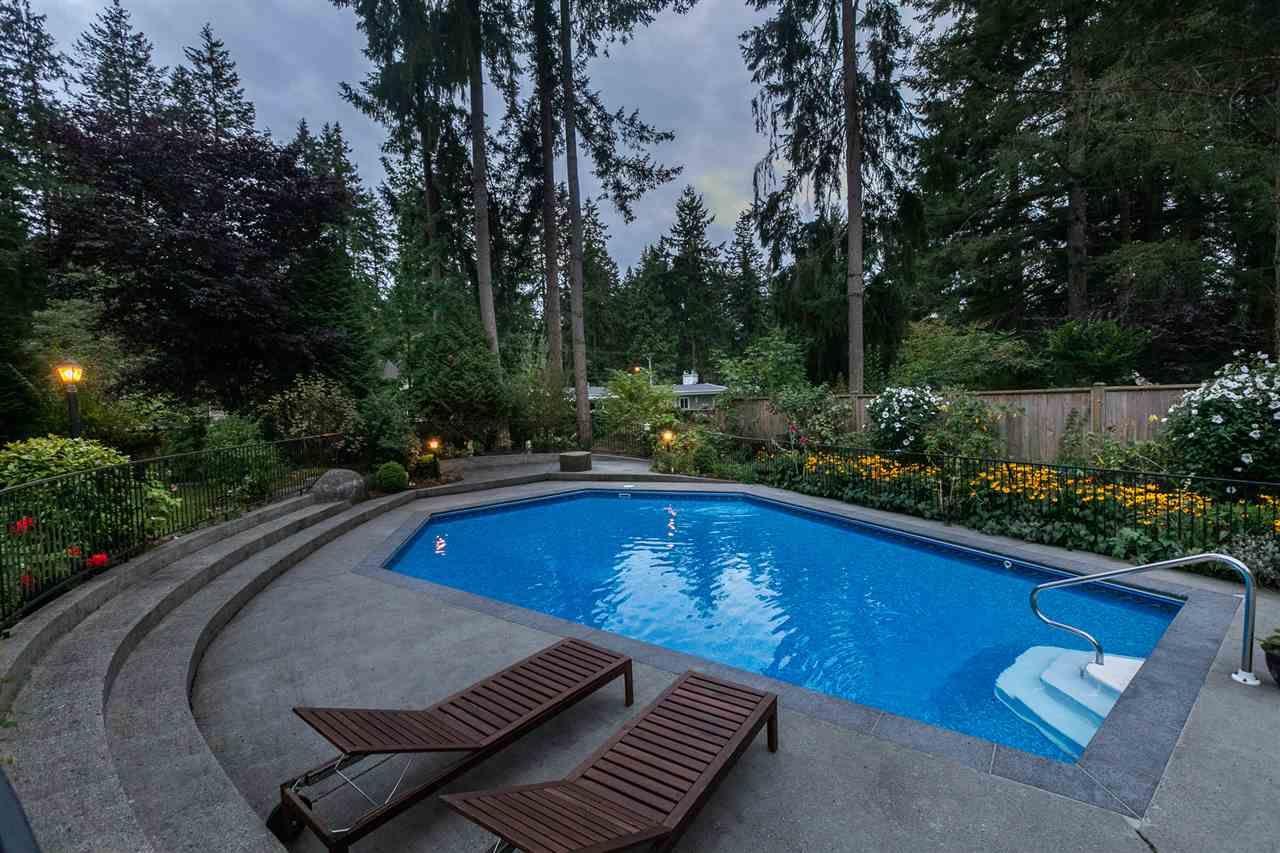 "Photo 36: Photos: 11064 64A Avenue in Delta: Sunshine Hills Woods House for sale in ""SUNSHINE HILLS"" (N. Delta)  : MLS®# R2500699"