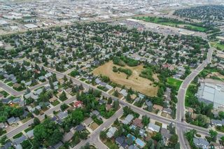 Photo 10: 110 Assiniboine Drive in Saskatoon: River Heights SA Residential for sale : MLS®# SK866495