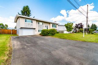 Photo 2: 10119 FAIRBANKS Crescent in Chilliwack: Fairfield Island House for sale : MLS®# R2590908