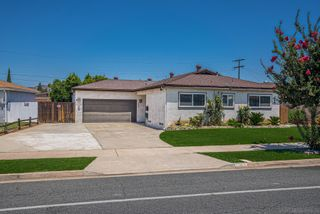 Photo 1: EL CAJON House for sale : 3 bedrooms : 554 Sandalwood