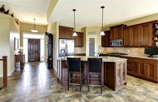 Photo 3: 541 Harrogate Lane in Kelowna: Dilworth Mountain House for sale : MLS®# 10209893
