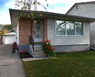 Photo 1: 287 McKay Avenue in Winnipeg: North Kildonan Residential for sale (3F)  : MLS®# 202124816