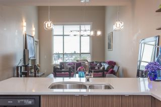 """Photo 4: 403 19936 56 Avenue in Langley: Langley City Condo for sale in """"BEARING POINTE"""" : MLS®# R2236302"""