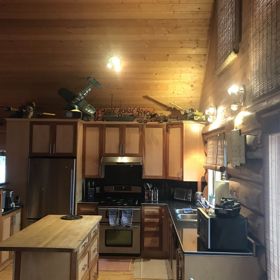 Photo 21: Photos: 13188 PRESTON Road in Charlie Lake: Fort St. John - Rural W 100th House for sale (Fort St. John (Zone 60))  : MLS®# R2524005