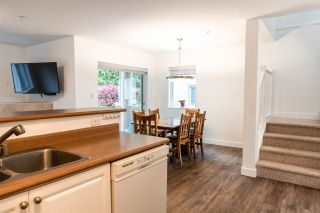 """Photo 5: 53 735 PARK Road in Gibsons: Gibsons & Area Townhouse for sale in """"Sherwood Grove"""" (Sunshine Coast)  : MLS®# R2371940"""