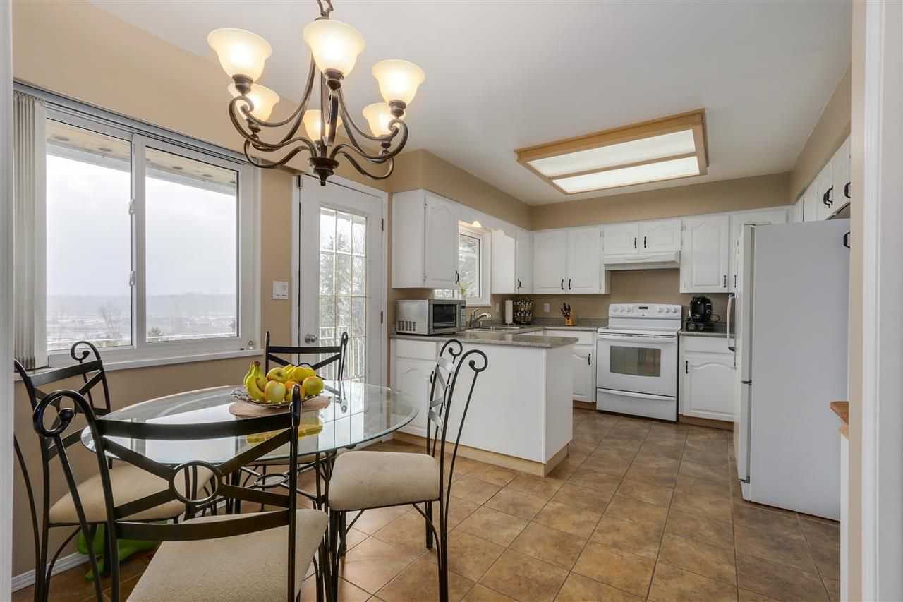 Main Photo: 2310 DAWES HILL ROAD in Coquitlam: Cape Horn House for sale : MLS®# R2043585