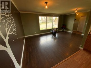 Photo 6: 571 3 Avenue SE in Three Hills: House for sale : MLS®# A1105212