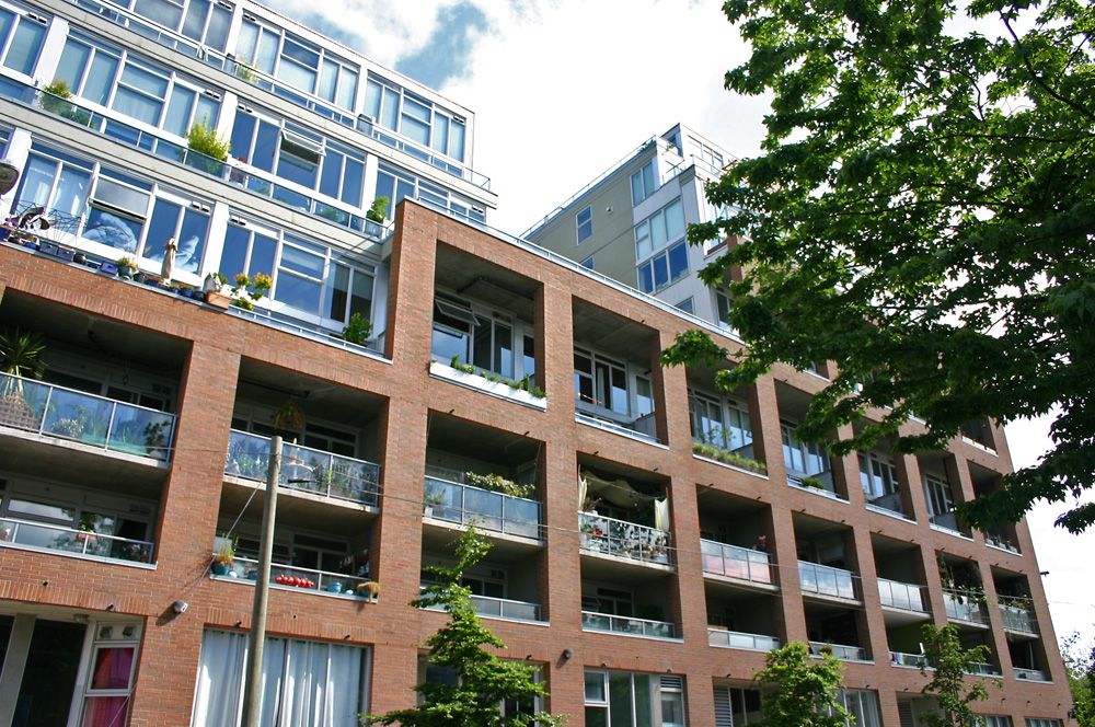 Main Photo: 420 289 Alexander Street in Vancouver: Condo for sale : MLS®# V1018640