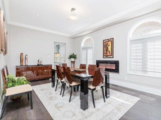 Photo 5: 18 Vitlor Drive in Richmond Hill: Oak Ridges House (2-Storey) for sale : MLS®# N5223972