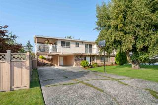 Photo 1: 5595 48B AVENUE in Delta: Hawthorne House for sale (Ladner)  : MLS®# R2495575